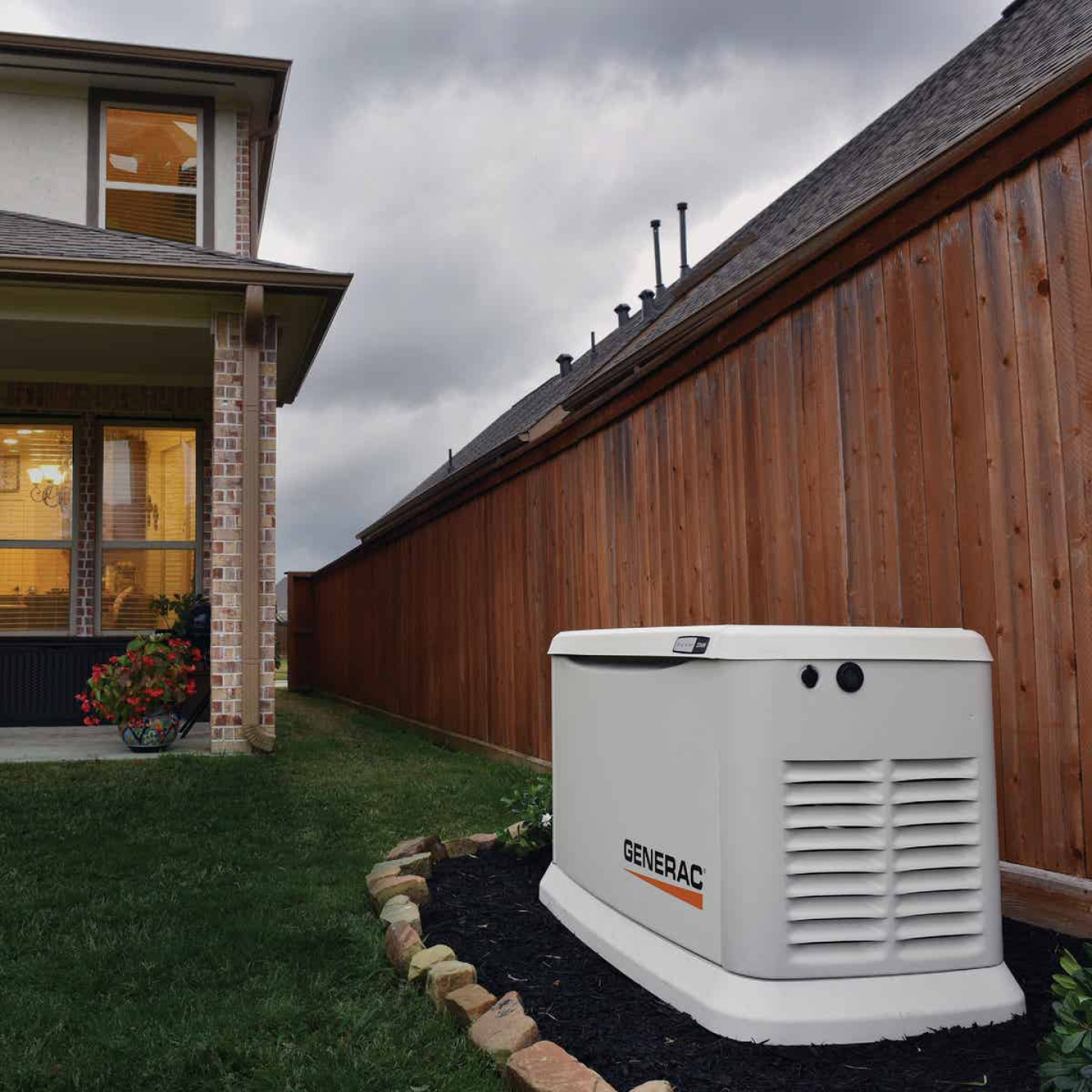 Generac Guardian WiFi 16,000W Natural Gas/LP Home Standby Generator Home Back Up Generator with Smart Switch Image 7